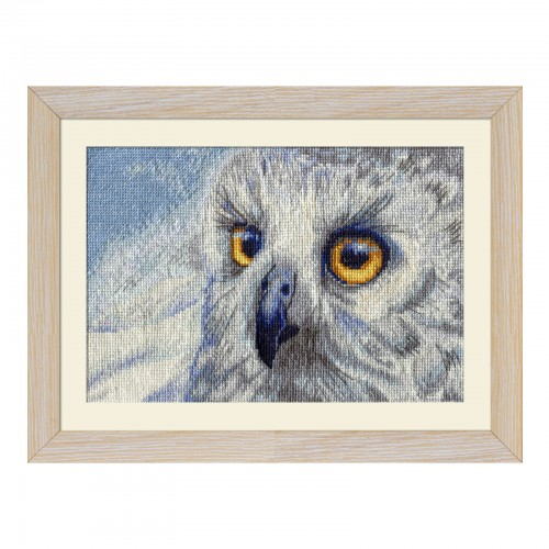 "Cross stitch kit with white canvas ""Snowy owl"""