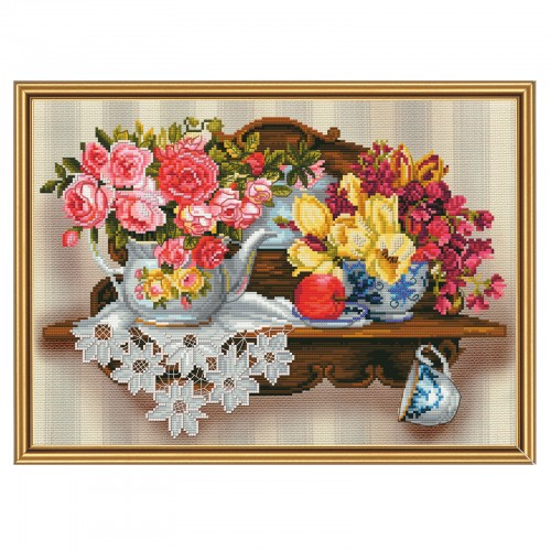 "Threads and beads embroidery kit ""Flower romance"""