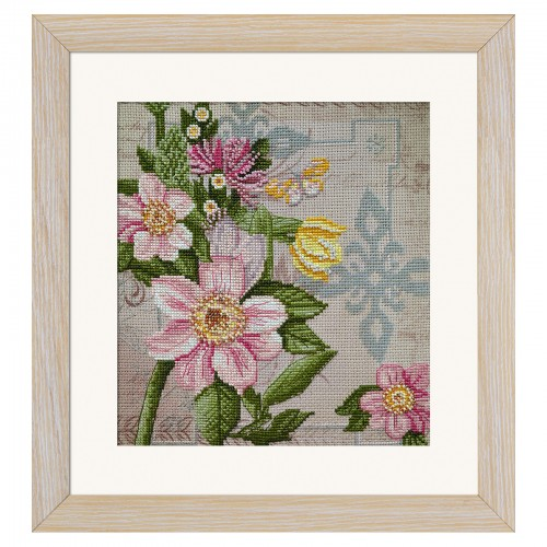 "Threads and beads embroidery kit ""Flower of love"""