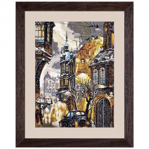 "Cross stitch kit with white canvas ""Snow in the city"""