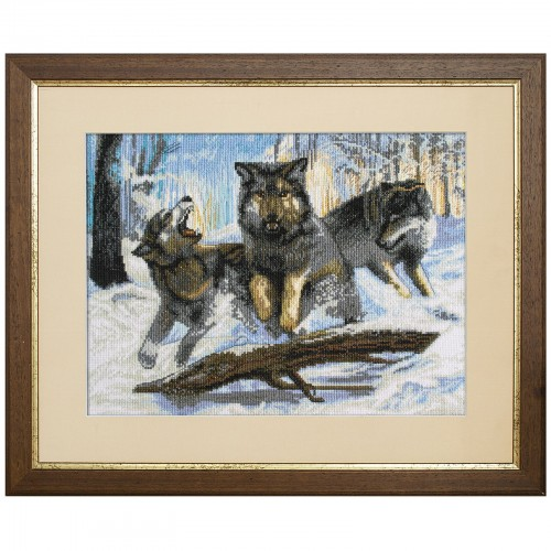 "Cross stitch kit with white canvas ""Hunting"""